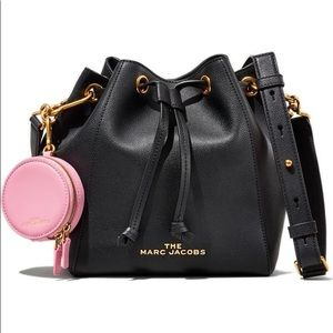 Marc Jacobs The Bucket Bag Leather Crossbody NWT